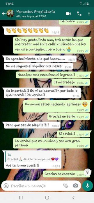 Impresión de pantalla de conversación de Mercedes y Mayra