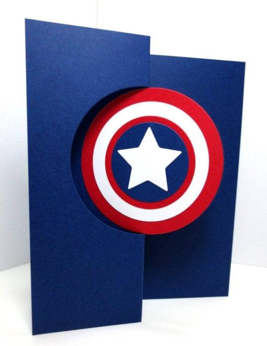 Tarjetas de felicitación infantiles para el Día del Niño; Capitán América