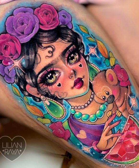 Tatuajes de Frida Kahlo estilo kawaii de colores brillantes, Lilian Raya