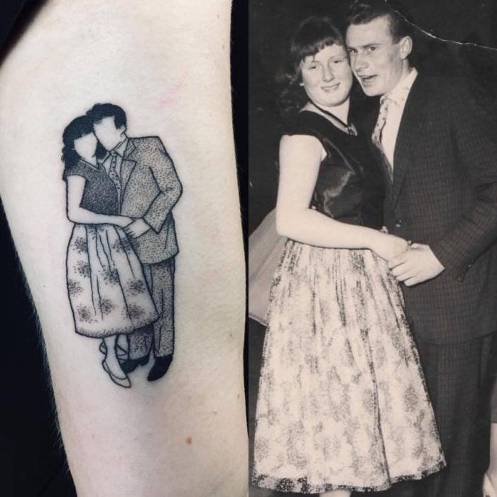 Tatuajes para regalarle a mamá el 10 de mayo; retrato de abuelos