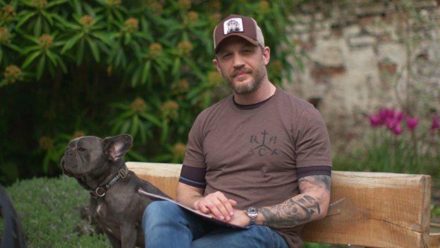 Tom Hardy y su perro Blue