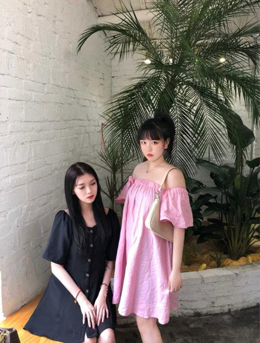 Influencers chinas posando para una fotografía