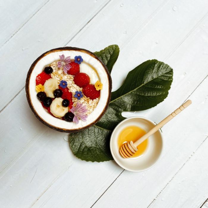 Bowl de yogur con fruta