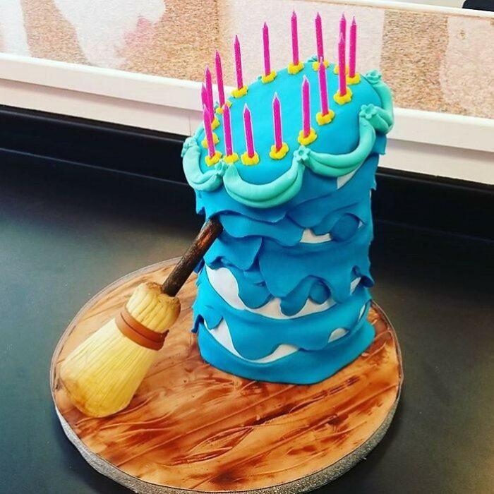 Pastel inspirado en el pastel de cumpleaños de Aurora de La Bella durmiente
