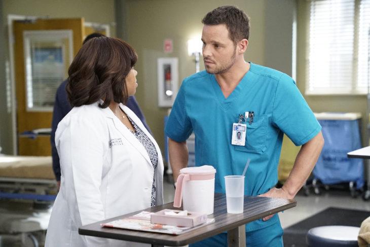 Escena de Grey's Anatomy donde Alex y Bailey hablan