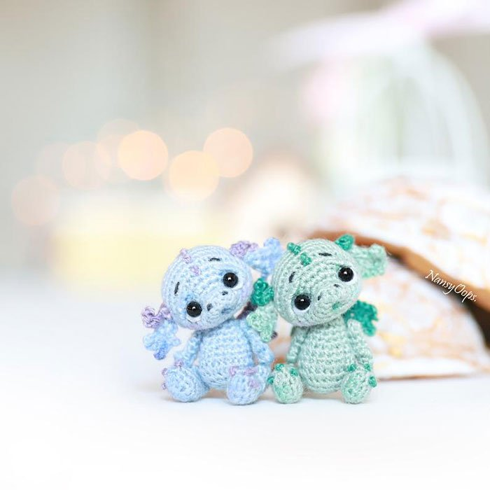 Dragón miniatura de crochet