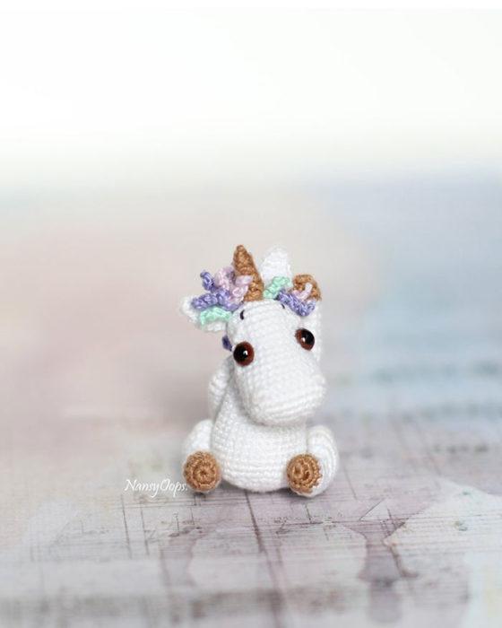 Unicornio hecho de crochet
