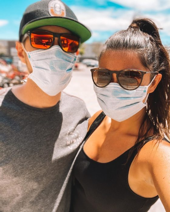 Wedding couple wearing face masks due to covid-19