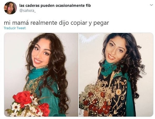 Chica recreando una fotografías de su madre con blusa verde y sosteniendo flores