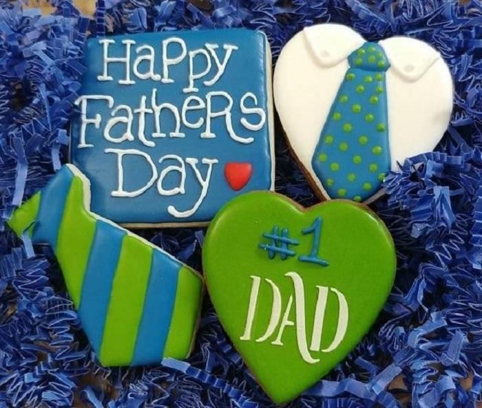 Galletas decoradas para el Día del padre de corazones y corbatas con mensajitos