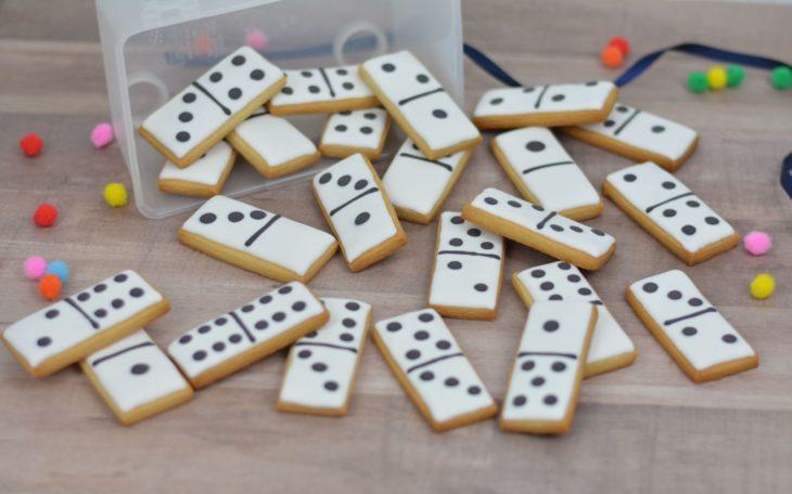 Galletas decoradas para el Día del padre de juego de domino