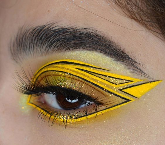 Outlined graphic yellow with black