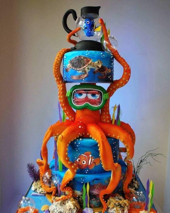 Pastel decorado, inspirado en la película de Buscando a Nemo