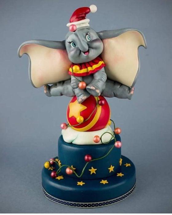 Pastel decorado, inspirado en la película de Dumbo