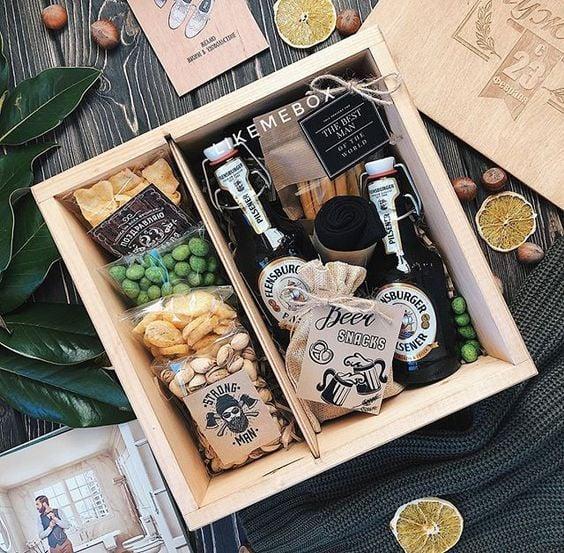 Kit de vino con semillas botaneras, chicharos, cacahuates