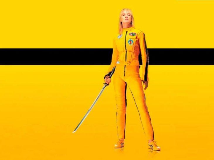Uma Thurman usando un vestido de color amarillo en la película ill Bill
