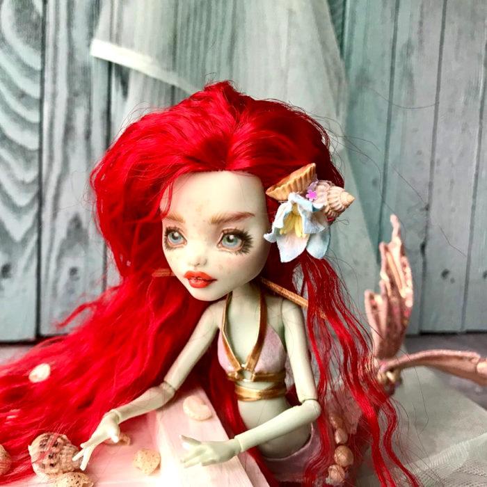 Artista rusa Arty Ooak Dolls tranforma muñecas Monster High en personajes de caricaturas y películas; Ariel, La Sirenita