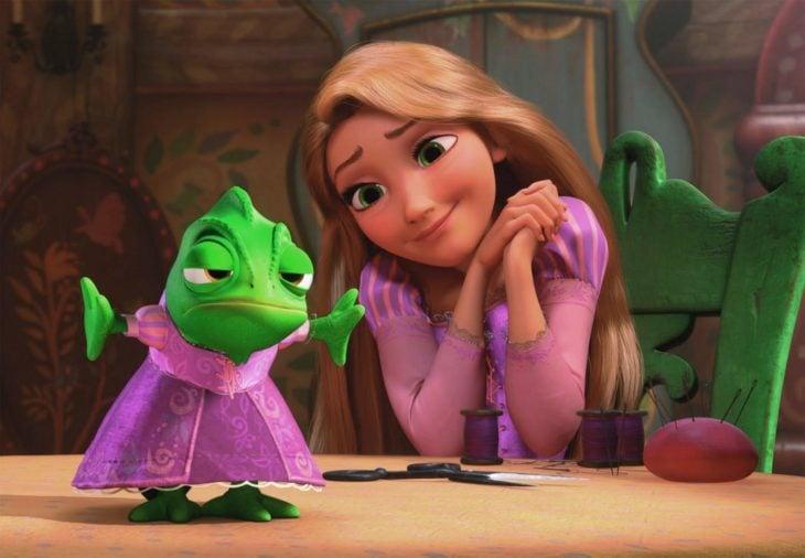 Rapunzel y Pascal