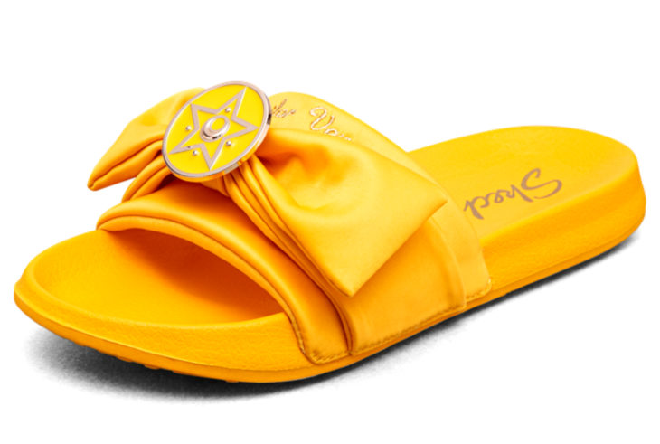 Skechers lanza línea de sandalias y ropa de Sailor Moon; zapatos amarillos de Venus, Mina