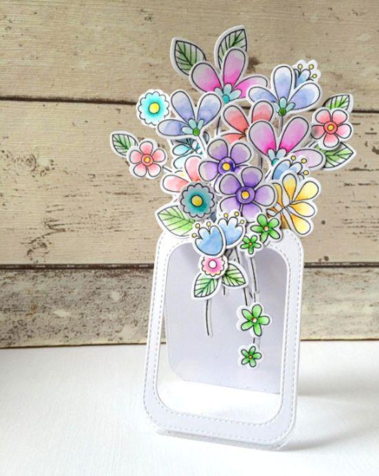Tarjeta del Dís de las Mdres con florero con flores de papel