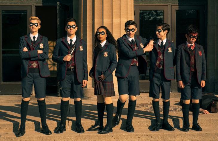 The Umbrella Academy regresa con temporada 2 a Netflix; Número 5, Klaus, Vanya, Lutjer, Allison, Diego y Ben