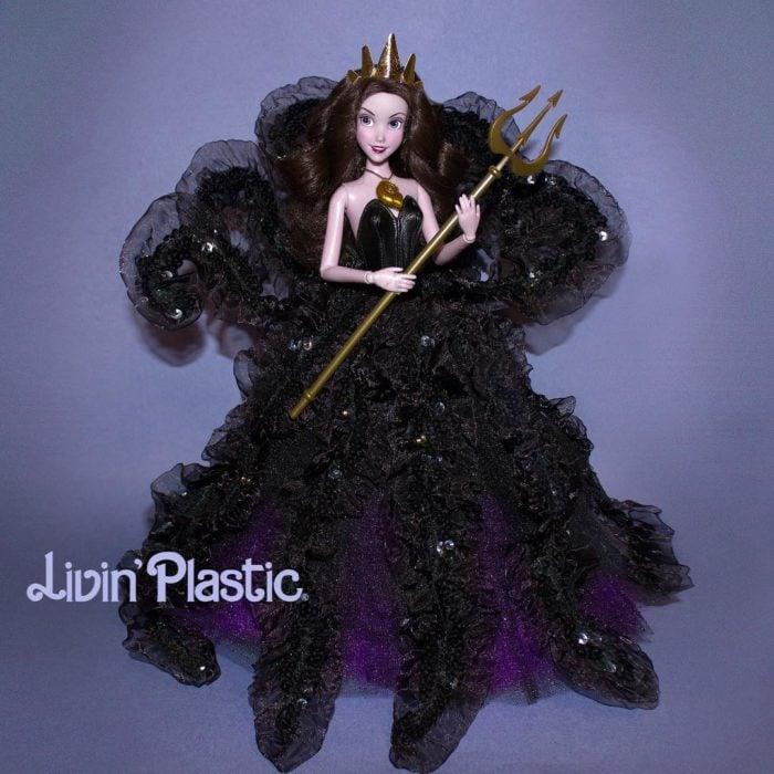 Barbie caracterizada como Ursula disfrazada de Vanessa