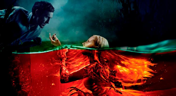 Escena de la película La sirena: La leyenda jamáscontada con una sirena saliendo debajo del mar para encontrarse de frente con un chico