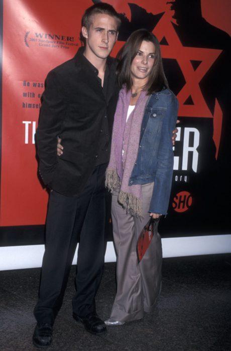 Ryan Gosling y Sandra Bullocken la premier de una película
