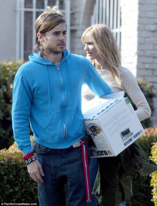 Jared Leto y Cameron Diaz comprando electrodomésticos