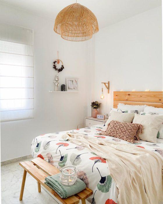 Foto para instagram de la remodelación de una habitación
