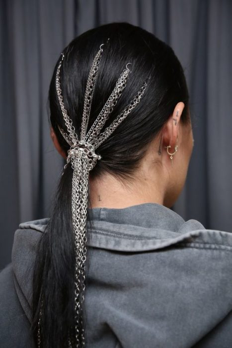 Low ponytail with chains