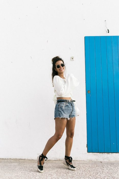 Outfit with espadrilles with denim shorts