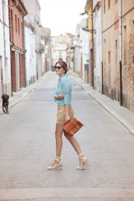Outfit with espadrilles with dress shorts