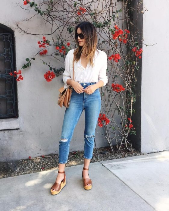 Outfit with denim espadrilles