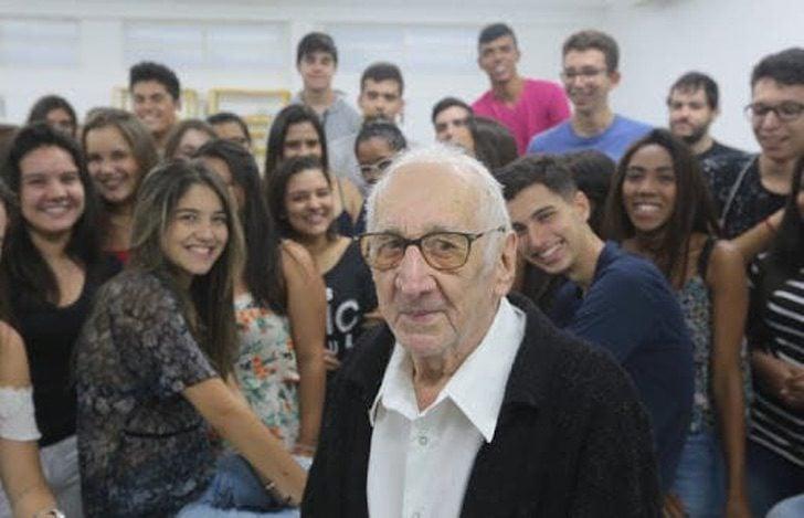 Carlos Augusto Manço y compañeros