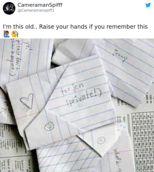 Artículos vintage que te harán sentir viejo; cartas