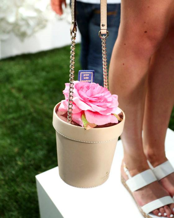 Bolsas kawaii bonitas y originales; bolso de mano de maceta con rosa