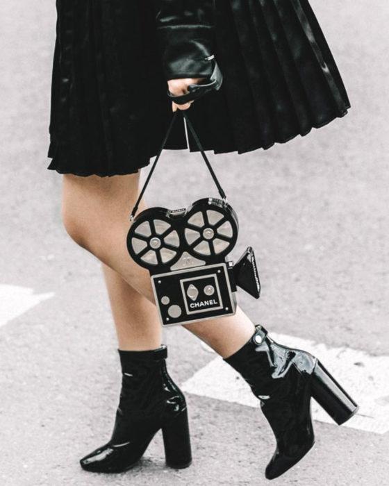 Bolsas kawaii bonitas y originales; bolso de mano en forma de videocámara viejita