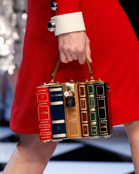Bolsas kawaii bonitas y originales; bolso de mano en forma de libros