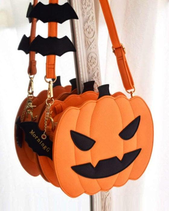 Bolsas kawaii bonitas y originales; bolso de mano en forma de calabaza de Halloween anaranjada con murciélagos