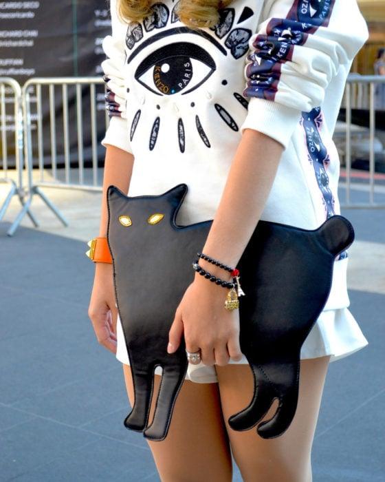 Bolsas kawaii bonitas y originales; bolso de mano de gato negro con ojos amarillos