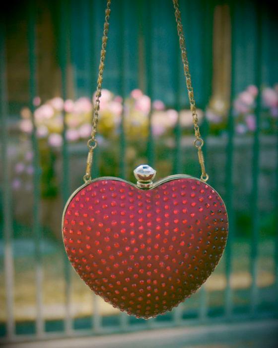 Bolsas kawaii bonitas y originales; bolso de mano vintage de corazón con pedrería