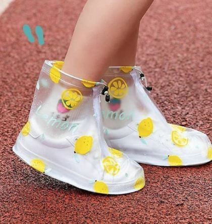 Cover shoes para la lluvia con figuras de colores