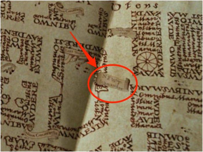 Mapa del merodeador en el que aparece Newt Escamander en las películas de Harry Potter