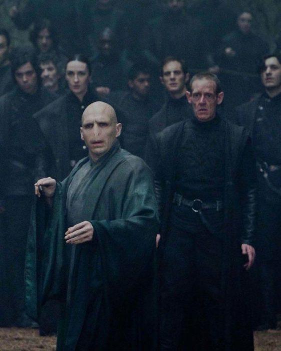 Túnica de Voldemort desgastada y en tonos grices