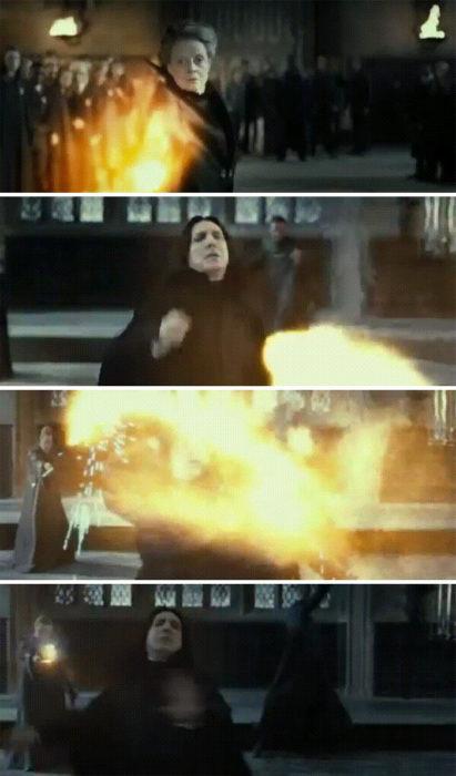 Escena de Harry Potter en la que Snape desvía un hechizo
