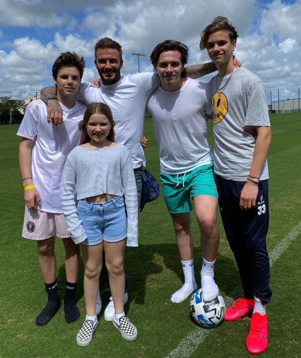 David Beckham con sus hijos