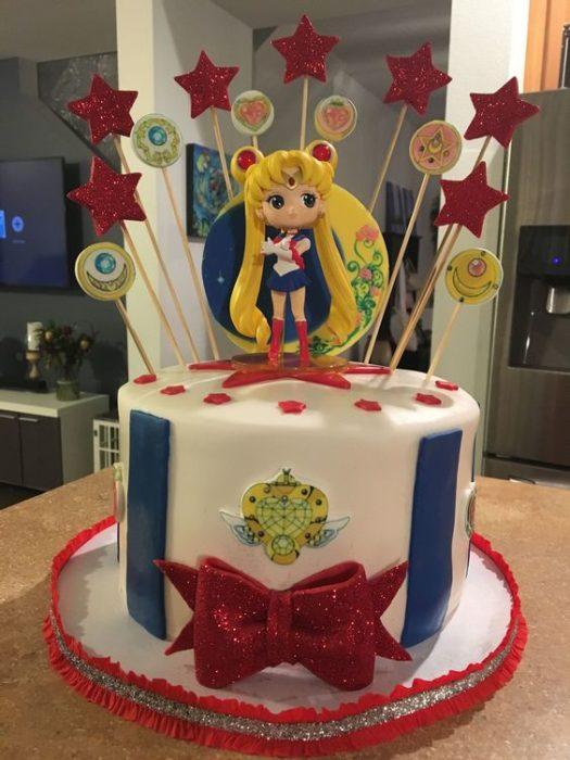 Pastel de Serena Sailor moon