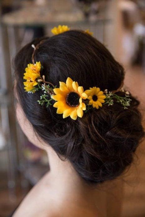 Recogido de boda con girasoles