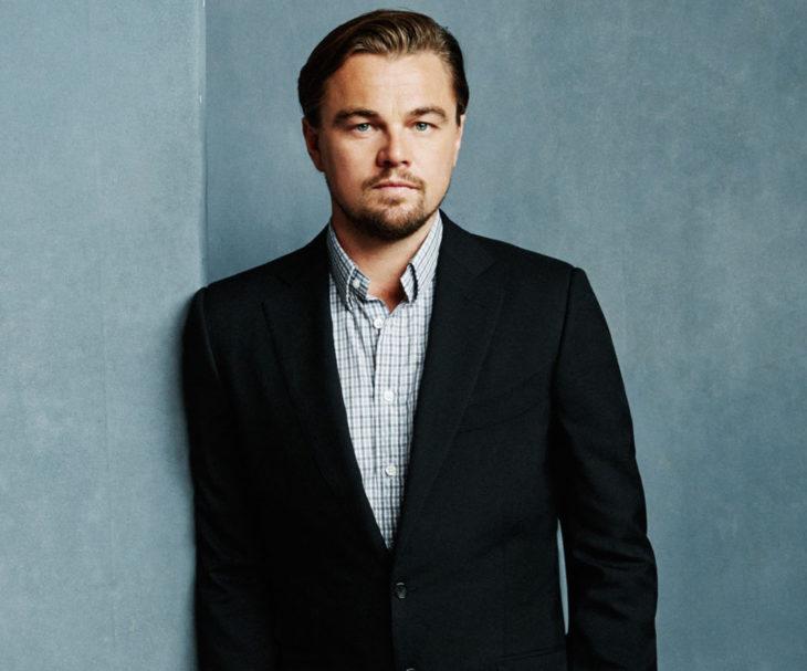 Leonardo DiCaprio de traje